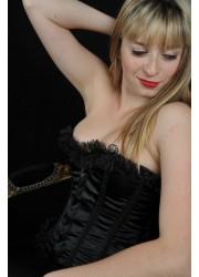 Joli Corset bustier satin noir et froufrou dentelle noir